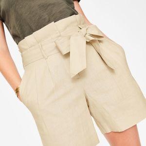 Boden St. Ives Paperbag Shorts in Ecru